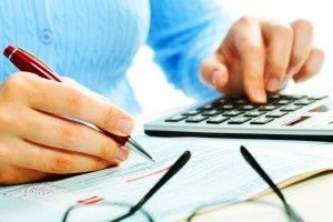 Financial Calculator Tax Female1 300x200 300x200 - US Taxes for Expats Living in Luxembourg